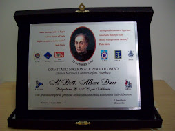 """Il premio """"Cristofor Colombo"""" consegnato dal Presidente dott. Bruno Aloi a dott. Alban Daci"""