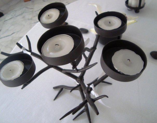 geekdeco d co table noir blanc. Black Bedroom Furniture Sets. Home Design Ideas