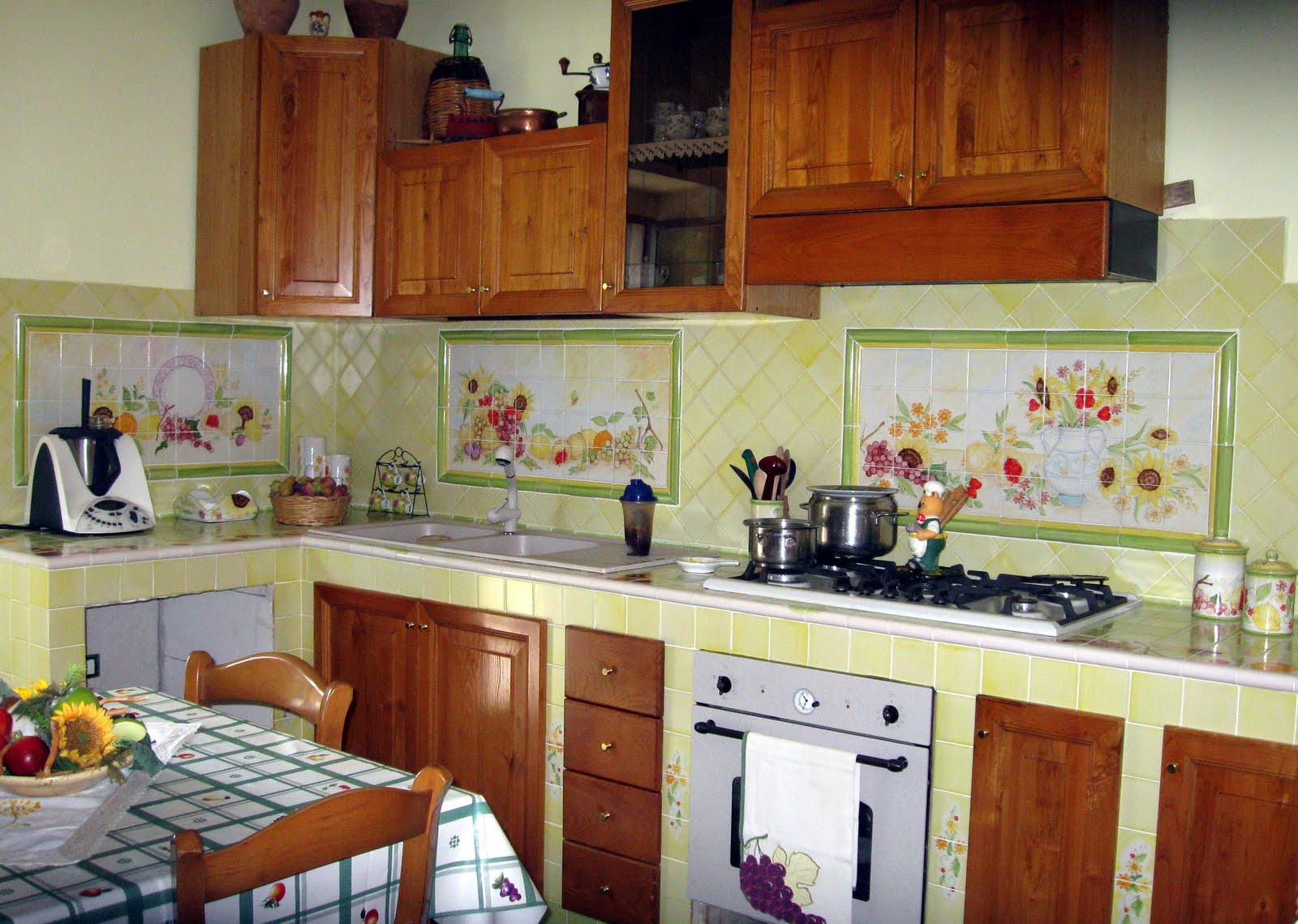 Cucine Rustiche Con Ceramica Di Vietri ~ La Migliore Idea Di ...