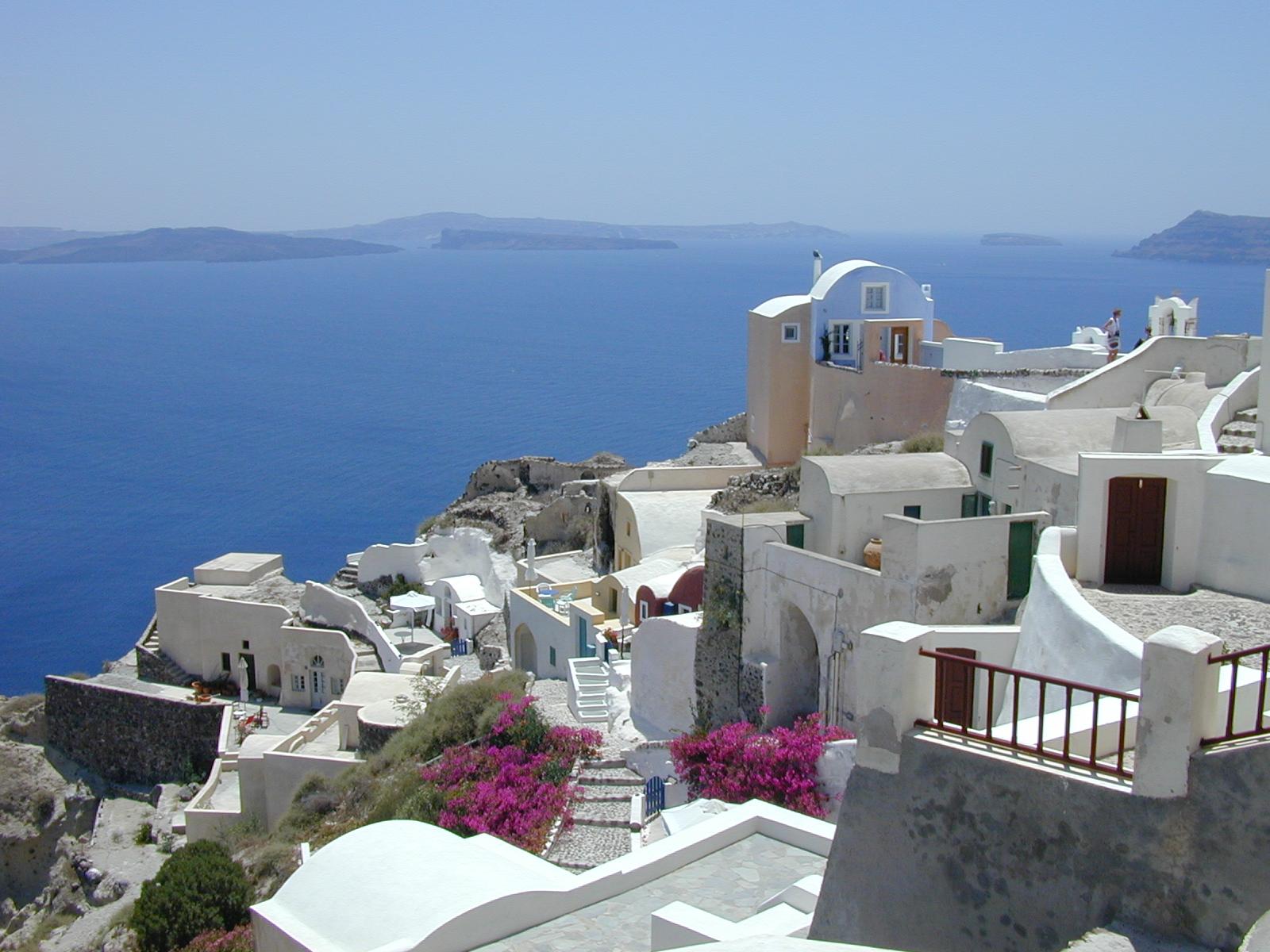 how to travel around greece