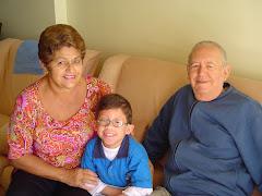 Papai, mami e Pedro (2004)