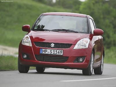 Foto Mobil Suzuki Swift 2011
