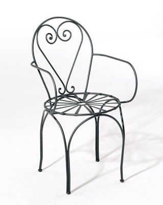 iron chair with heart design