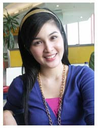 Sandra Dewi Bugil ? Sandra Dewi Telanjang ? Sandra Dewi Ngentot ? No!
