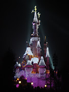 Paris: Disneyland, the Happiest and Coldest Place on Earth! (dsc )