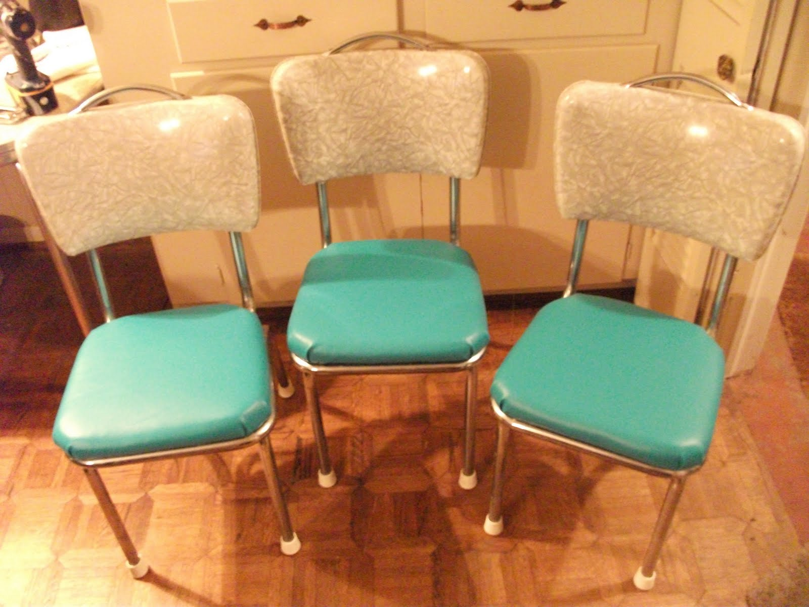 Chrome Dinette Chairs living in the past: 50s formica dinette chrome chairs re-do