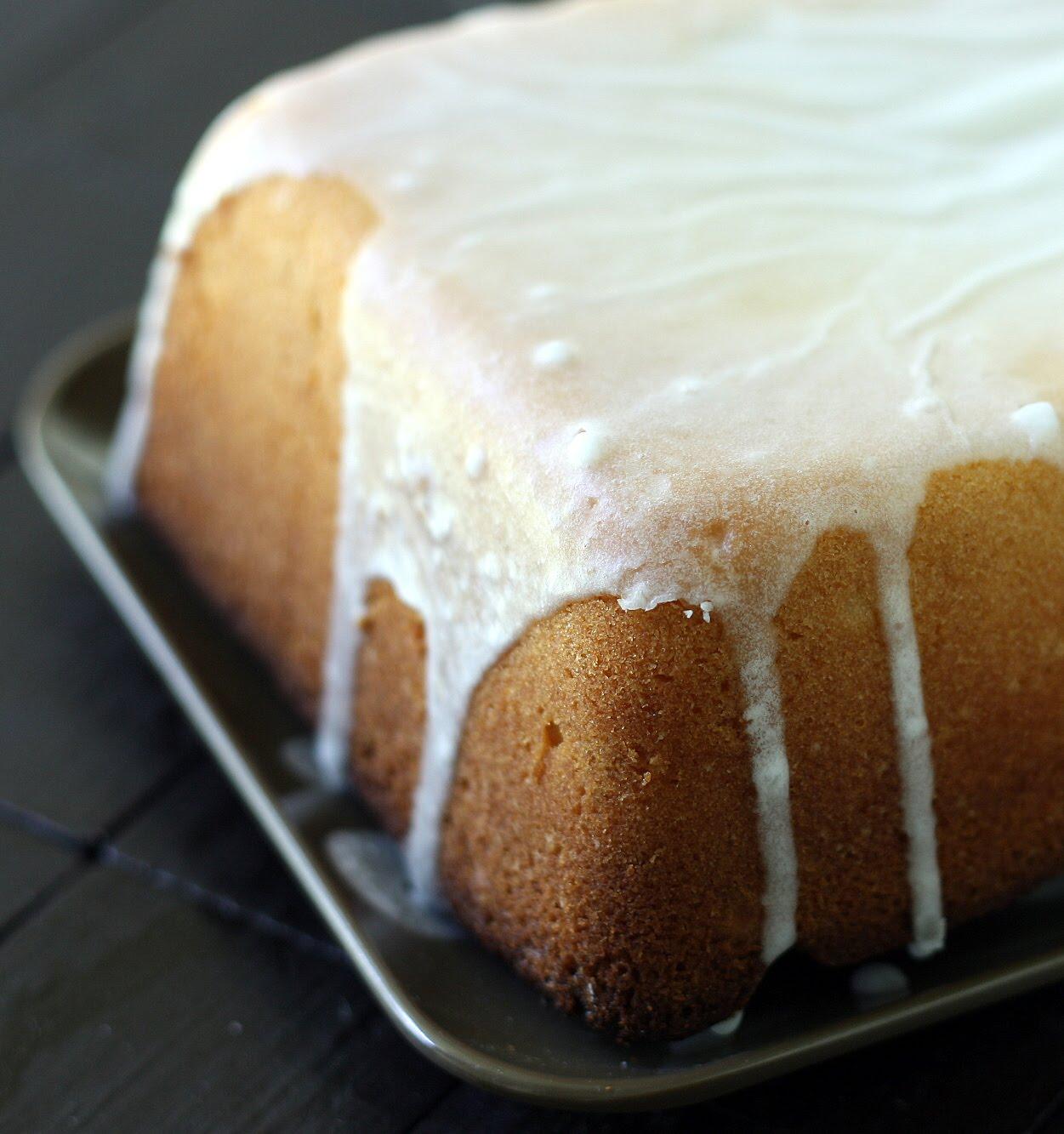 Mangio da Sola: Buttermilk Pound Cake & Big News