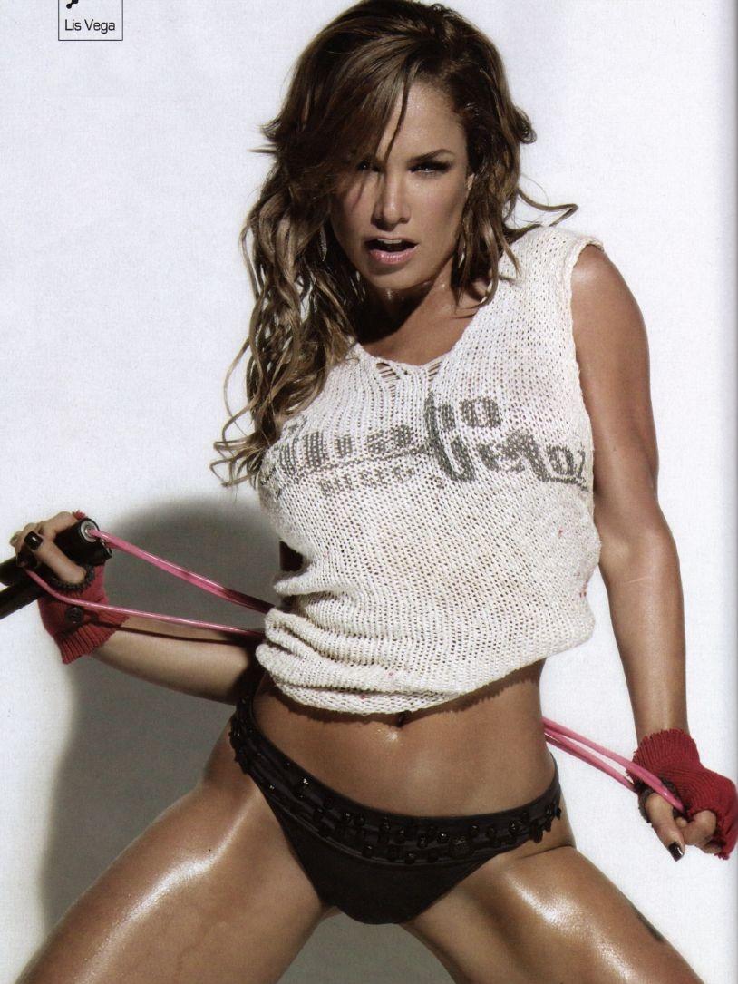 Liz Vega Revista H Extremo