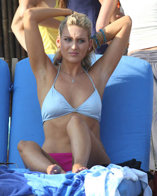Stephanie Pratt Is Candidly Sexy In Her Bikini Picture