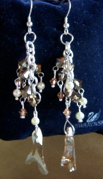 Swarovsky & pearls earrings