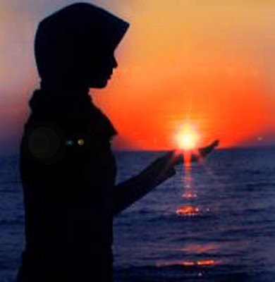 http://2.bp.blogspot.com/_EELWlS_z3Ys/Sjtq-cbLxTI/AAAAAAAACZg/F7Yn7setLwA/s400/wanita.jpg