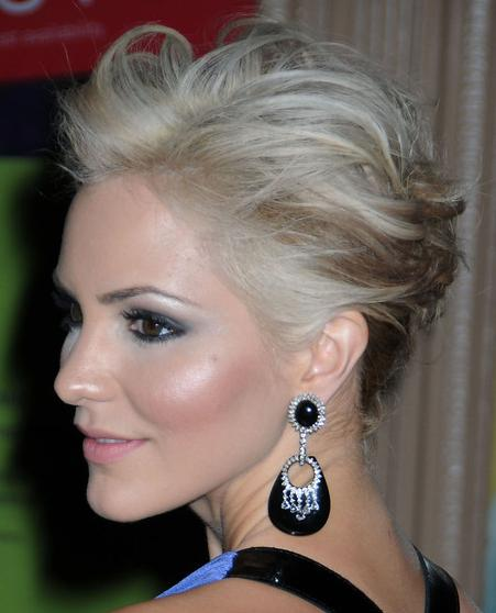 pink hairstyles 2010. 2010 hairstyles 2010 short