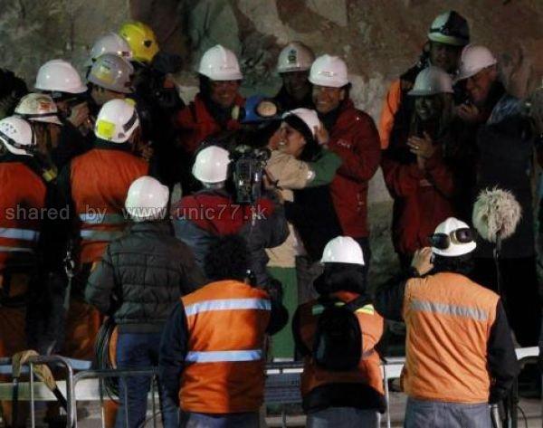 http://2.bp.blogspot.com/_EHi0bg7zYcQ/TLkzrPZGVsI/AAAAAAAANtk/VHZ0lTeaUn4/s1600/amazing_rescue_after_640_23.jpg
