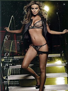 carmen electra naked for maxim