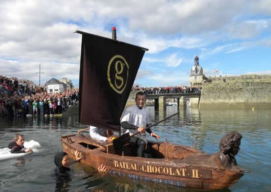 chocolate boat