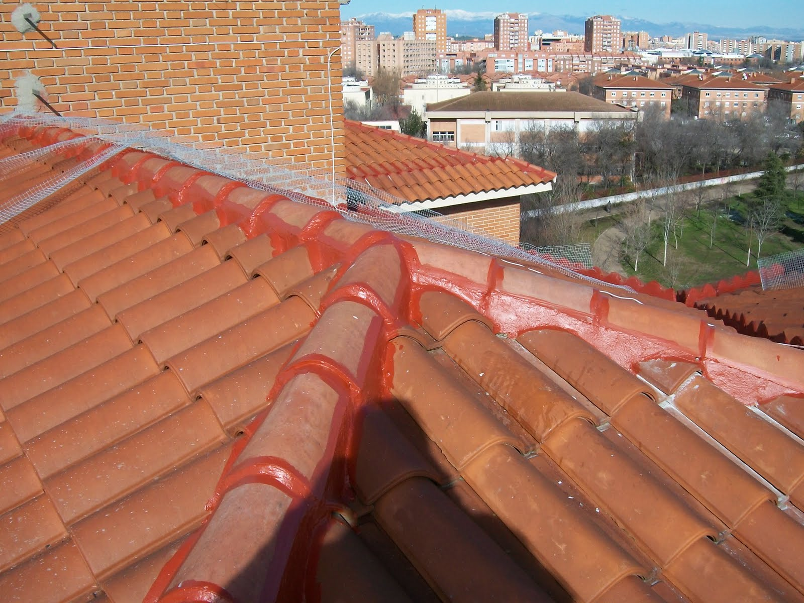 Cubiertas impermeabilizar tejados teja portuguesa teja - Como impermeabilizar madera ...