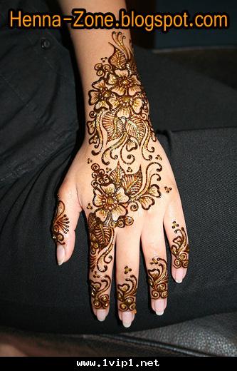 نقش حناء راقي على شكل باقات ورد جميلة