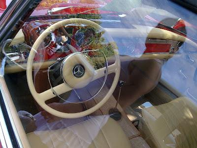 Mercedes Benz 230 SL