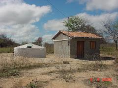 Uma grande cisterna para uma pequena casa