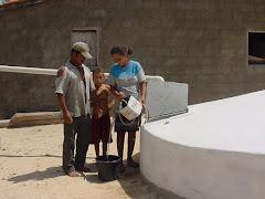 Retirada de água da cisterna