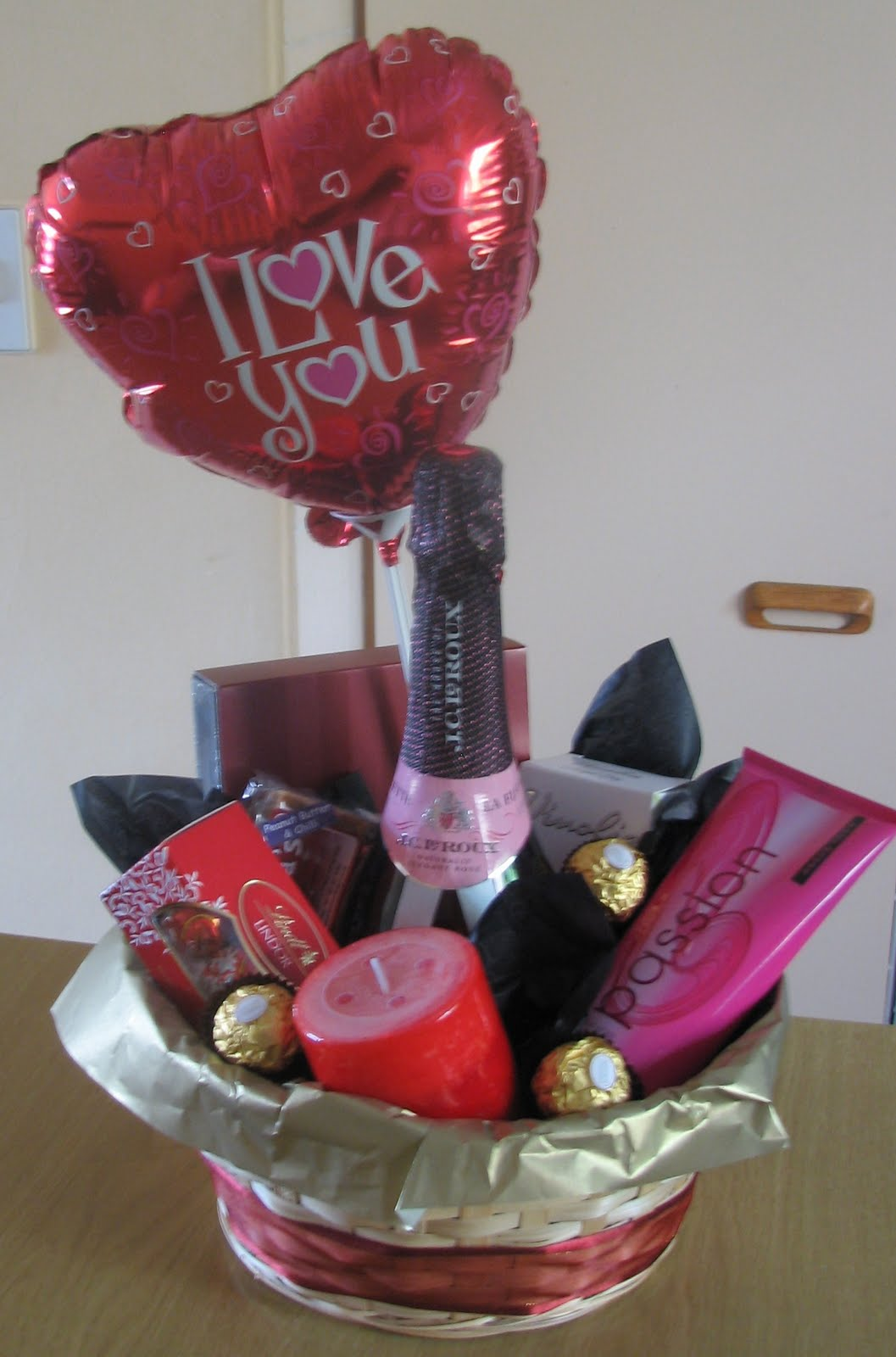 Chisani Creations Gift Hampers