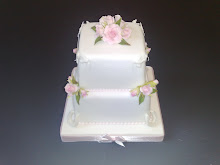 Bronze Award for A Miniature Wedding Cake Squires Kitchen 2008