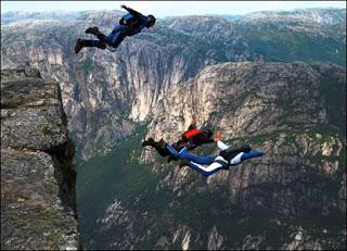 Base-jumping-6.jpg (416×300)