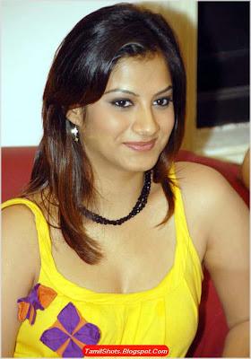 Sindhu Tolani sexy foto