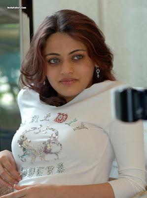 Sneha Ullal sexy pic