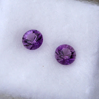 round amethyst gemstones