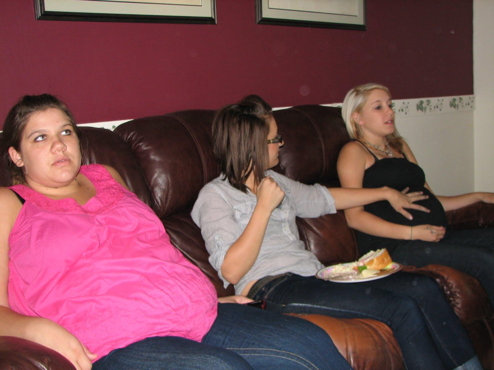 9 month pregnant Nikki,