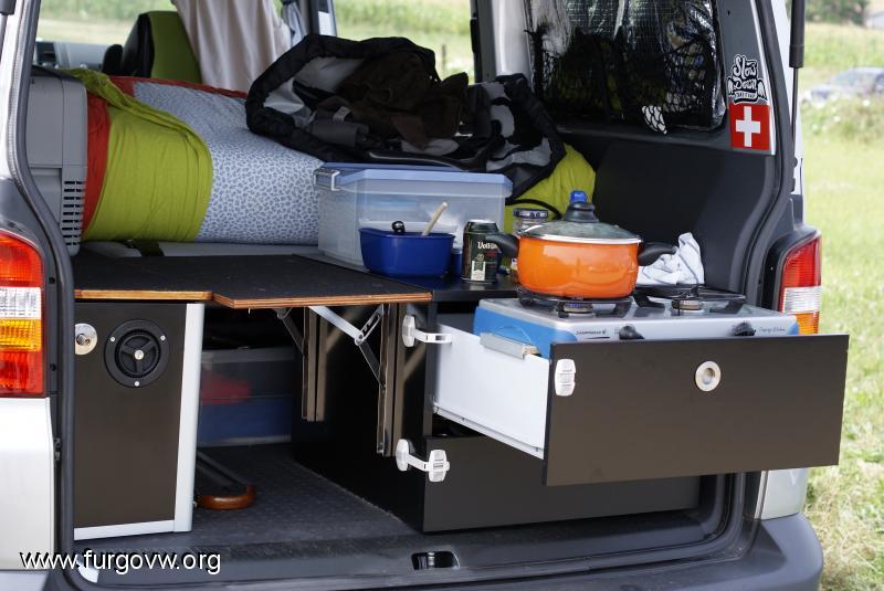 Un hogar sobre ruedas mi llave allen - Muebles para camperizar furgonetas ...