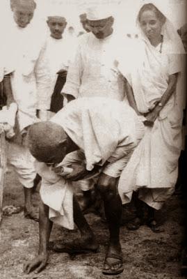 18 மஹாத்மாவின் அரிய புகைப்படங்கள் (1869   1948)