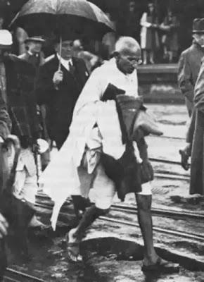 17 மஹாத்மாவின் அரிய புகைப்படங்கள் (1869   1948)