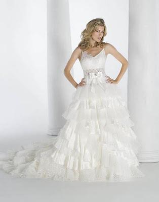صور فساتين أزياء سهرة فساتين زفاف فساتين خطوبة فساتين بنات ناعمه 2010 1