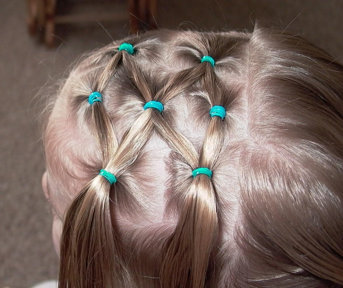 Прическа для девочки с маленьким волосом