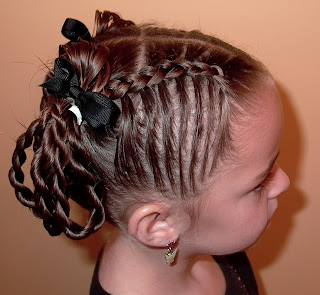 Little Girl's Hairstyles -Twist Braid Loops