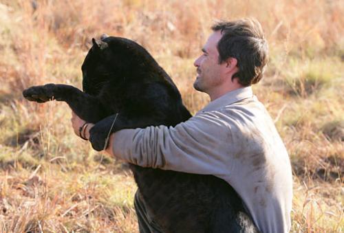 GUARDA FLORESTAL DE LANSERIA NA ÁFRICA DO SUL, PROTEÇÃO E AMOR PELOS ANIMAIS SELVAGENS
