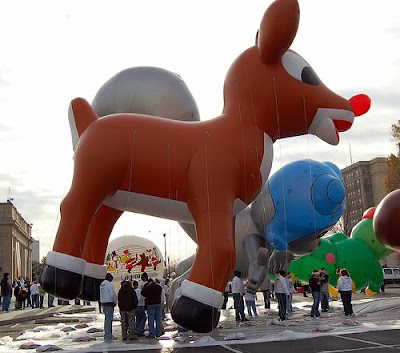 Rudolph Had An Accident In New York A Popped Nose And He Deflated To The Ground I Am Not Wild About This Design They Had This Guy In A Chicago Parade