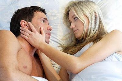 relaciones-sexuales-pareja-sexo-caricias.jpg