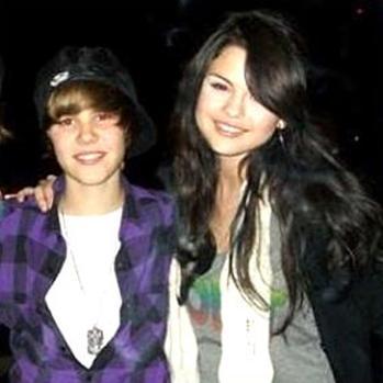 Jasmine Villegas  Justin Bieber on Justin Bieber    Flagrado Aos Beijos