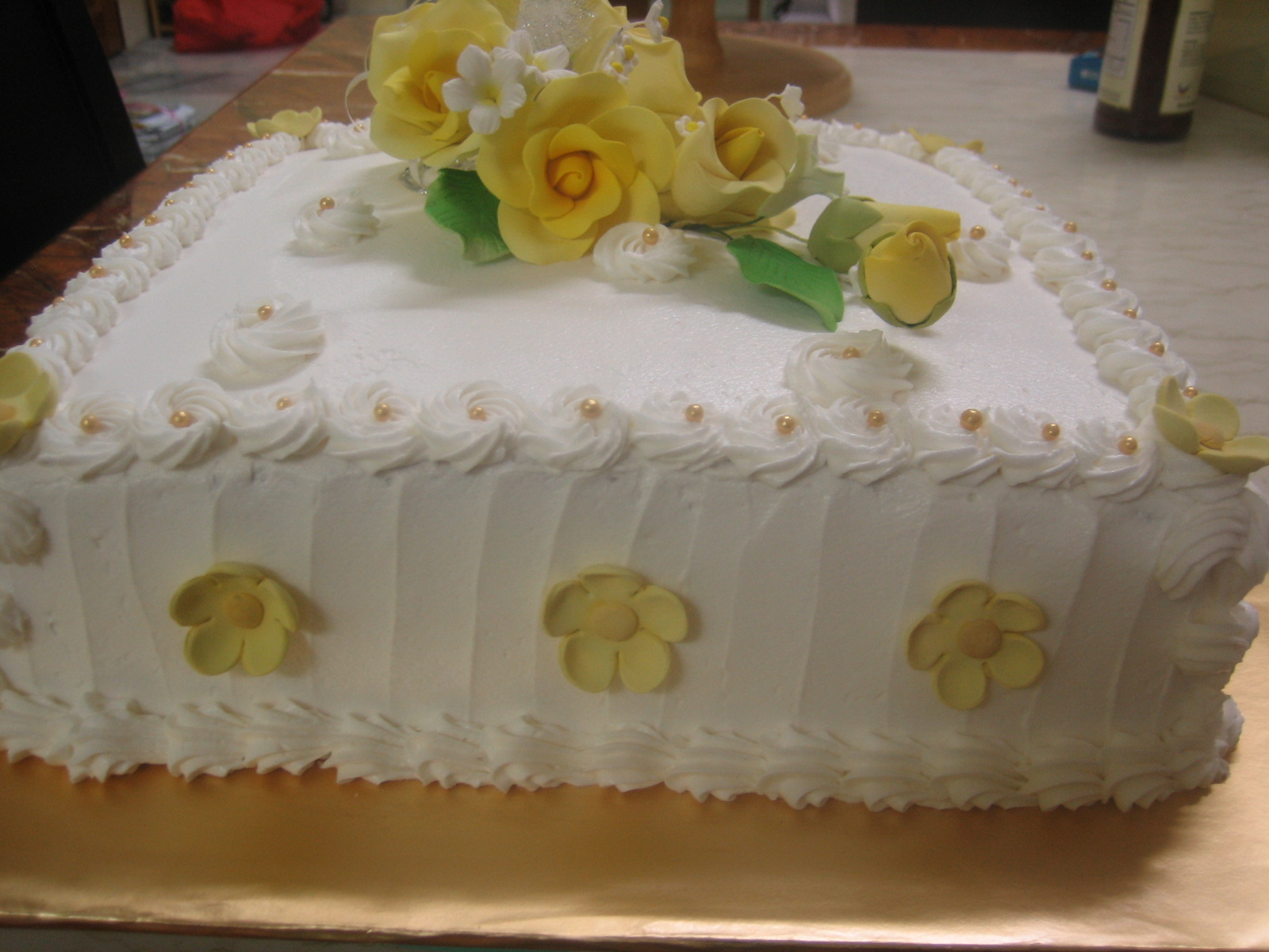 homemade sweet treats wedding cake delivered to tg ipoh n9