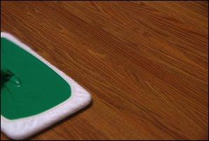 Gevelbekleding schilderen houten vloer poetsen