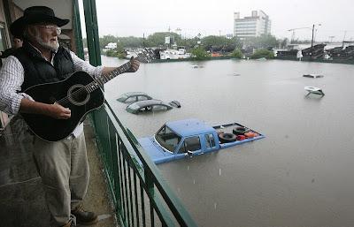></a><br>Usted sólo ha visto hasta aquí 15 fotografías sobre nuestra serie 'Inundaciones en Nashville Tennessee, Kentucky and Mississippi'. Si desea ver todas las imágenes y leer la información completa (en Inglés), <a href=
