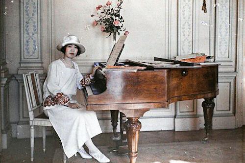 Bellísima colección de fotos a colores fechada en 1900