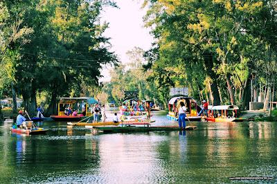 Imágenes y fotografías de Xochimilco | Xochimilco Photos México