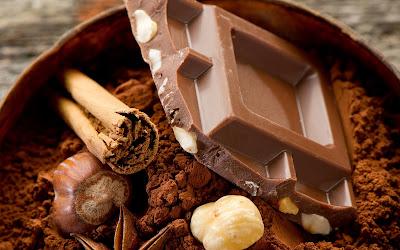 Fotografías de chocolates, café, avellanas y trufas