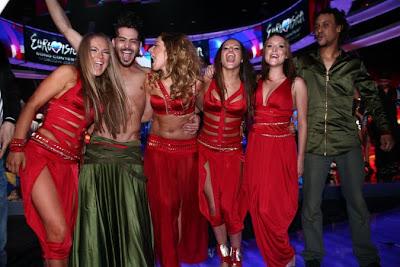 eurovision_1._yarıfinal_hadise_ve_ekibi