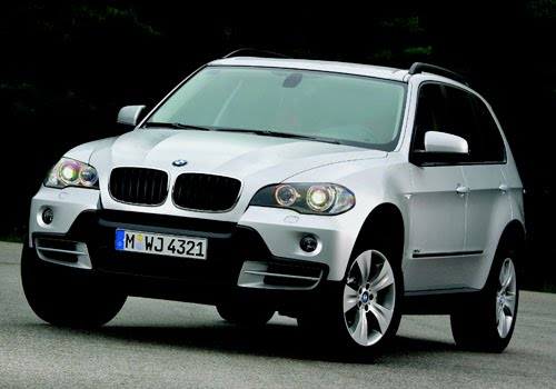 voitures de luxe location achat vente informations voiture de luxe bmw x5. Black Bedroom Furniture Sets. Home Design Ideas