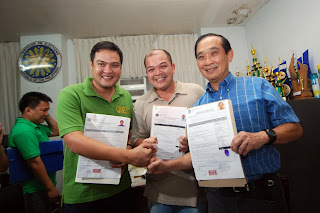 Would dr. manny 'pacman' pacquiao beat the incumbent governor of sarangani migs dominguez for congress in 2010?